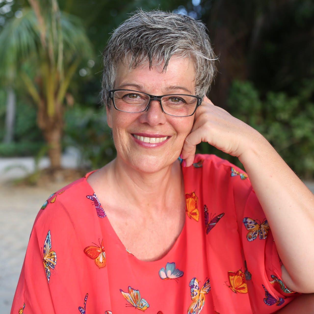 Eva Nitschinger - Online Akademie & Selbstliebe Coach
